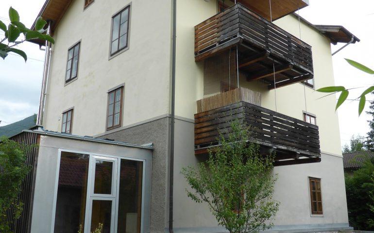Mehrfamilienhaus mit Gewerbewidmung