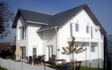 Nähe  VÖCKLABRUCK  –  großzügiges Einfamilienhaus